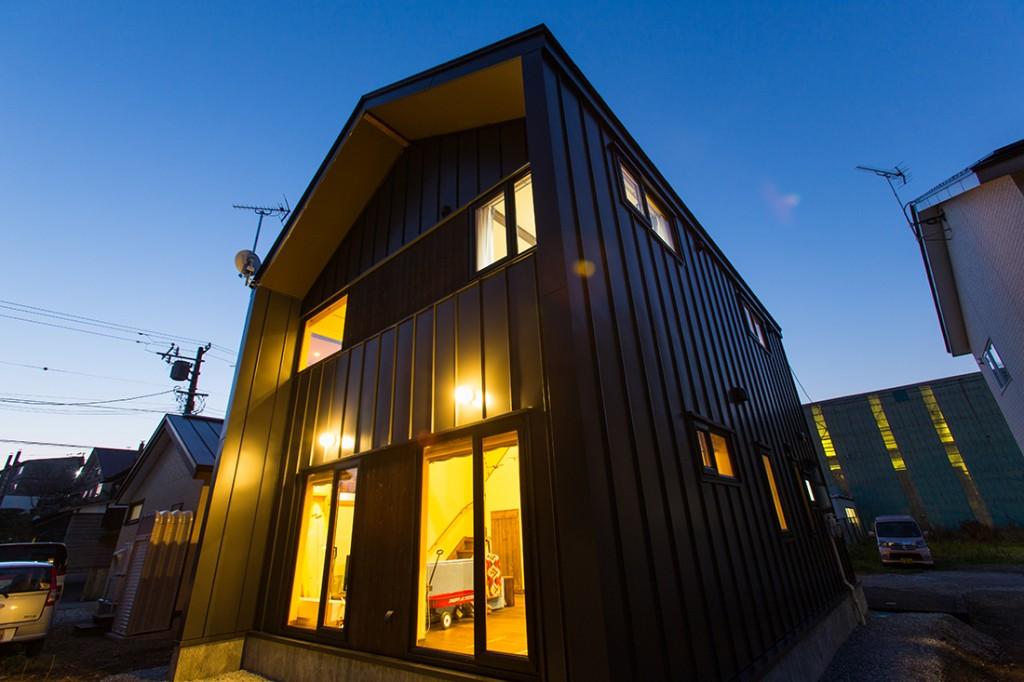 tsuchiya_surfers-house_1
